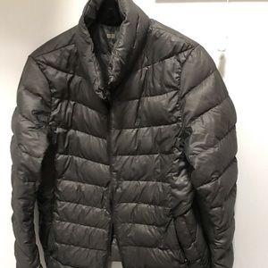UNIQLO ultralight jacket